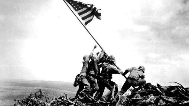 US Soldiers raising the American flag at Iwo Jima