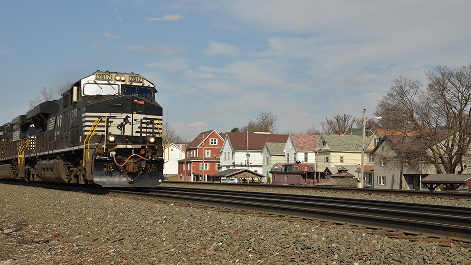 Train passing trough Cresson, PA