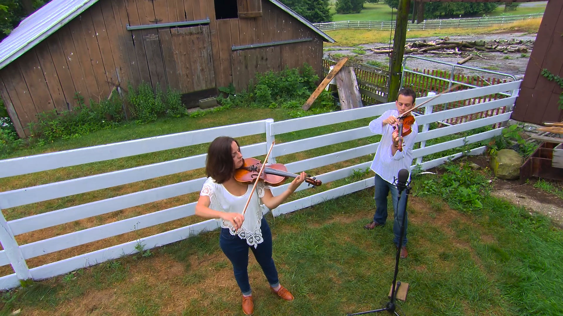 Violinists Mark Minnich and Sally Williams Minnich