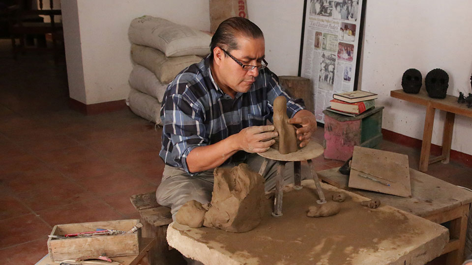 Ceramic artist Carlomagno Pedro Martinez in his studio.