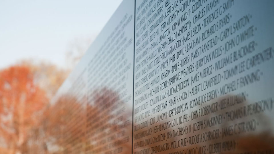Moving Vietnam Wall