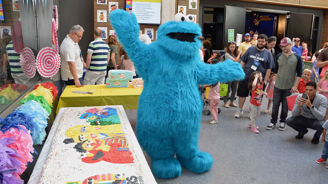 walk-around cookie monster at wpsu studios