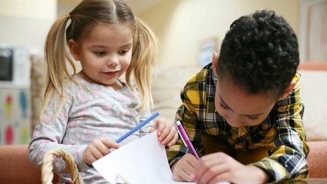 children writing poetry